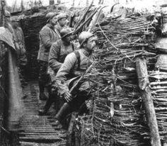 Opdracht 1: De Eerste Wereldoorlog speelde zich af van 1914 tot 1918.
