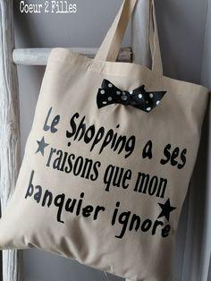 Le tote bag spécial shopping addict ...idée cadeau de Noël ! : Autres sacs par coeur-2-filles