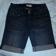 NWOT Dark Denim Shorts Never worn Dark wash  Fold at bottom Size 1 SO Shorts Jean Shorts