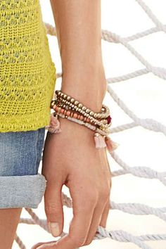 Next Stretch-Armband mit Perlendetails