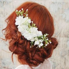 Beautiful floral hair accessory!