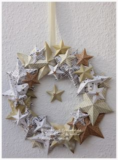 Kreative Träume - Paper Art & more: Mein Weihnachtsdekor 2014 - W-bazar - Weihnachten Christmas Makes, All Things Christmas, Winter Christmas, Christmas Holidays, Christmas Wreaths, Christmas Ornaments, Diy And Crafts, Paper Crafts, Paper Art