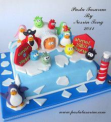 Club Penguin cake by Nesrin Tong