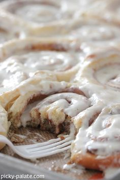 Perfect Cinnamon Rolls (according to Picky Palate)...looks pretty close to me - but need to test ;o)
