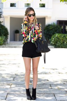 #fashion #floral #blouse #street #style #outfit