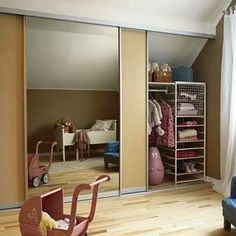 Idea from byggebolig. Wardrobe Solutions, Hanging Canvas, Modern Kitchen Design, Walk In Closet, Master Bedroom, Layout, Storage, House, Furniture
