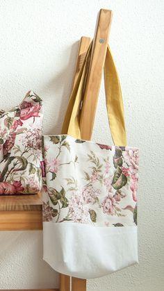 Floral tote bag Beach wedding tote Canvas bag with pink flowers Weekender bag Large market bag Grocery bag Everyday bag Gift for her