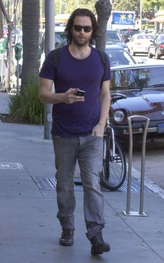 Chris D'Elia - Chris D'Elia Out And About In Beverly Hills