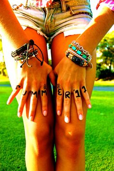 HAVE to take a picture like this this summer!