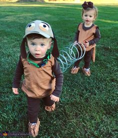 Sarah: Milo and Millie are 18 month old twins who are going as Toy Story's Slinky Dog this year. Their older brothers love Toy Story so we are doing a family. Brother Halloween Costumes, Halloween Costume Contest, Halloween Kids, Halloween Recipe, Cute Baby Halloween Costumes, Halloween College, Halloween Office, Pretty Halloween, Halloween Couples