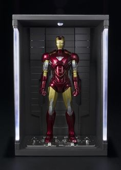 Bluefin Expands Marvel Line with Doctor Strange and Iron Man Items - LaughingPlace.com