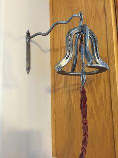 Horseshoe dinner bell