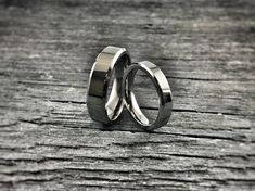 This classic Apex Titanium ring features understated elegance. Crafted with steep bevel cuts on each side for a classic look. This ring style appeals to both men and women with an active lifestyle, looking for a ring that is classic, yet cool and rugged.