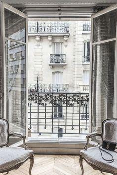 Details in a Paris apartment