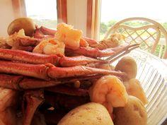 Mamma's homemade crab boil! Crab Boil, Shrimp, Homemade, Meat, Food, Home Made, Essen, Meals, Yemek