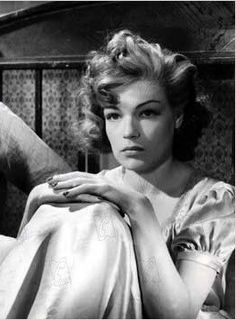Simone Signoret  Her father Andre Kaminker, a pioneering interpreter who worked in the League of Nations, was a French-born army officer from a Polish Jewish family.  Her mother's surname was SIgnoret.