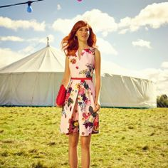 Ted Baker London 'Nude Oil Painting' Floral Print Dress available at - becoming quite the fan of a Ted Baker floral Floral Fashion, Look Fashion, Spring Fashion, Pretty Outfits, Pretty Dresses, Beautiful Dresses, Gorgeous Dress, Moda Floral, Zooey Deschanel