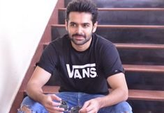 My family members Are forcing me To get married says Hero ram pothineni Got Married, Getting Married, South Film, Ram Photos, Chocolate Boys, Cute Actors, My Family, Telugu, New Look