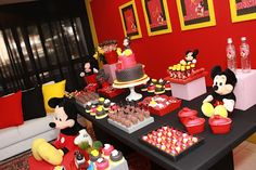 Perfect Mickey Party by Petit Comitê