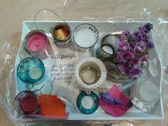 """Spreuk van Sukha, """"Lichtpuntjes"""" Elke collega geeft een waxinelichtje en deze samen op een dienblad. Diy Presents, Diy Gifts, Present Gift, Little Gifts, Teacher Gifts, Gifts For Kids, Birthday Gifts, Jewelery, Easy Diy"""