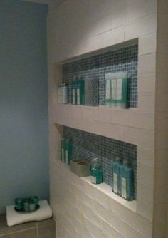 Nis voor de douchewand