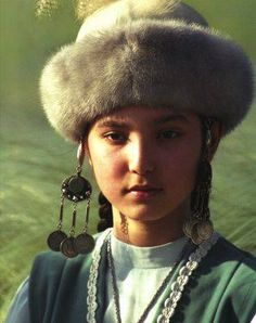 kazakh girl, qazaq qyzy, turan, turk, türk, туран, тюрк, тұран, түркі
