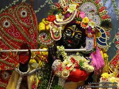 http://harekrishnawallpapers.com/sri-govind-close-up-iskcon-nigdi-wallpaper-002/
