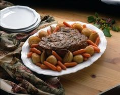 Homestyle Pot Roast - Make some simple Meal Magic with this delicious recipe from Reynolds Kitchens. Use a baking bag, put in the roast with onion soup mix, red potatoes and baby carrots! Chuck Roast Recipes, Pot Roast Recipes, Entree Recipes, Cooking Recipes, Oven Bag Pot Roast Recipe, Dinner Recipes, Wrap Recipes, Chuck Roast In Oven, Pork Roast In Oven