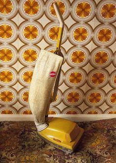 Vintage 1970s Yellow Hoover Junior U1036 Upright Vacuum Cleaner - FREE UK P&P