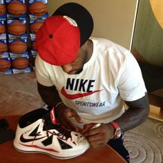 LeBron James is auctioning sneakers to benefit Newtown families | Ball Dont Lie - Yahoo! Sports