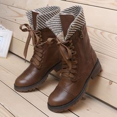 Lady's Winter Boots Women Martin Boots Ankle Round Flat Toe Lace-up Solid Suede Cow Muscle Motorcycle Boots 2013 New $109.99
