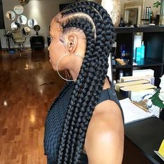 STYLIST FEATURE| Love these feed in braids by #PhillyStylist @tiff_styles ❤️ Neat and chunky #voiceofhair ========================== Go to VoiceOfHair.com ========================= Find hairstyles and hair tips! =========================