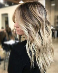 Balayage High Lights To Copy Today - Blondes - Simple, Cute, And Easy Ideas For Blonde Highlights, Dark Brown Hair, Curles, Waves, Brunettes, Natural Looks And Ombre Cuts. These Haircuts Can Be Done DIY Or At Salons. Don't Miss These Hairstyles! - https://thegoddess.com/balayage-high-lights-to-copy