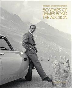 40 lotti di memorabilia di James Bond saranno offerti nell'asta online da Christie's. 10 lotti, inoltre, saranno presentati ad un'asta serale su invito il 5 Ottobre a South Kensington per celebrare il 'GLOBAL DAY JAMES BOND', che segna il 50° anniversario della prima proiezione del Dr. No. Tutti i