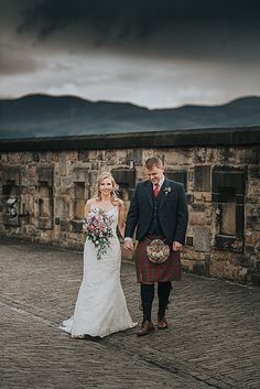 Edinburgh Castle, Edinburgh Scotland, Wedding Photos, Fashion Photography, Flowers, Beautiful, Style, Marriage Pictures, Swag