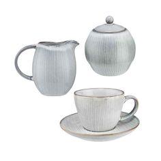 Kameninová 6 dílná sada na kávu HENLEY se už těší, až si s Vámi a Vašimi přáteli zase posedí u jídelního stolu, třeba u snídaně nebo při odpoledním kafíčku. A stejně jako Vy je příznivcem jednoduchého, autentického umění, které se při vaření, prostírání stolu a dekorování nechává vést spíše vlastními instinkty než striktními pravidly. V setu 1x konvička na mléko, 1x dóza na cukr, 4x šálek na kávu s podšálkem. Butler, Kitchenware, Tableware, Large Plates, Storage Boxes, Stoneware, Tea Pots, Coffee, Bowls