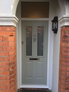 An elegant looking Composite door. A Ludlow 2 in Painswick with the London etched glass design, complemented with chrome hardware including the premium doctor knocker. Installed in West Bridgford, Nottingham Black Front Doors, Front Door Colors, Porch Doors, Entrance Doors, Solidor Door, Composite Front Door, Edwardian House, External Doors, Traditional Doors