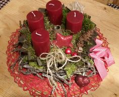 Eine alte rostige Guglhupfform Christmas Wreaths, Table Decorations, Holiday Decor, Home Decor, Decoration Home, Room Decor, Home Interior Design, Dinner Table Decorations, Home Decoration