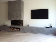 Tadelakt fireplace we created ! Interior Design Living Room, Living Room Designs, Living Room Decor, Fireplace Wall, Fireplace Design, Living Tv, Tadelakt, Family Room, New Homes