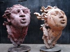 sculture di javier marin a locarno, svizzera Sculptures Céramiques, Art Sculpture, Ceramic Figures, Ceramic Art, Javier Marin, Art Du Monde, Mexican Artists, Contemporary Sculpture, Paperclay