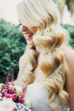 Glamorous Retro Waves for Wedding Day Hair