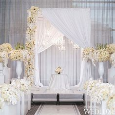 Amazing And Gorgeous Wedding Decoration For Your Big Day; White Flower For Wedding; Amazing And Gorgeous Wedding Decoration Ideas; Wedding Wall, Wedding Stage, Hotel Wedding, Luxury Wedding, Wedding Bride, White Wedding Decorations, Ceremony Decorations, Decoration Buffet, All White Wedding