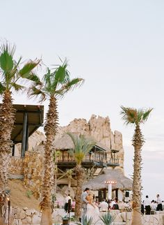 Cabo Destination Wedding Candace-and-Jon-Mexico-Wedding-by-Laura-Murray-Photography-76.jpg (600×820)