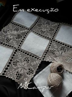 This Pin Was Discovered By Ter – Artofit - Diy Crafts Filet Crochet, Crochet Motifs, Crochet Borders, Crochet Squares, Crochet Blanket Patterns, Crochet Doilies, Crochet Stitches, Crochet Bedspread, Crochet Fabric
