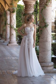 Wedding Dresses by Sincerity Bridal (4026), collection s / s, silhouette a-line, neckline sweetheart, long, without sleeves