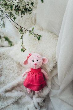 Teddy, toy, Plüschtier, Weich Spielzeug,  zur Geburt, Gehäkelt, baby, kid gift, Mouse, Hypoallergen Crochet Toys, Teddy Bear, Throw Pillows, Etsy, Gift, Animals, Cuddling, Craft Gifts, Clearance Toys