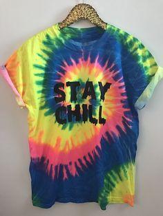 Stay chill - tye dye tee in 2019 tie dye shirts Cher Horowitz, Chill Outfits, Swag Outfits, Tye Dye, Coachella, Tie Dye Techniques, How To Tie Dye, Tie Dye Outfits, Grunge