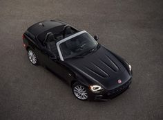 Fiat Brought Back The 124 Spider And All Of Its Retro Italian Handsomeness