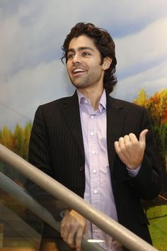 Going eco with Adrian Grenier, actor, filmmaker, musician, and environmental activist. #Green #Guys