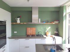 Portfolio Massief hout - Blindewandplanken Kitchen Interior, Home Interior Design, Kitchen Rules, Kitchen Trends, New Homes, Kitchen Cabinets, Cottage, Table, Kitchens